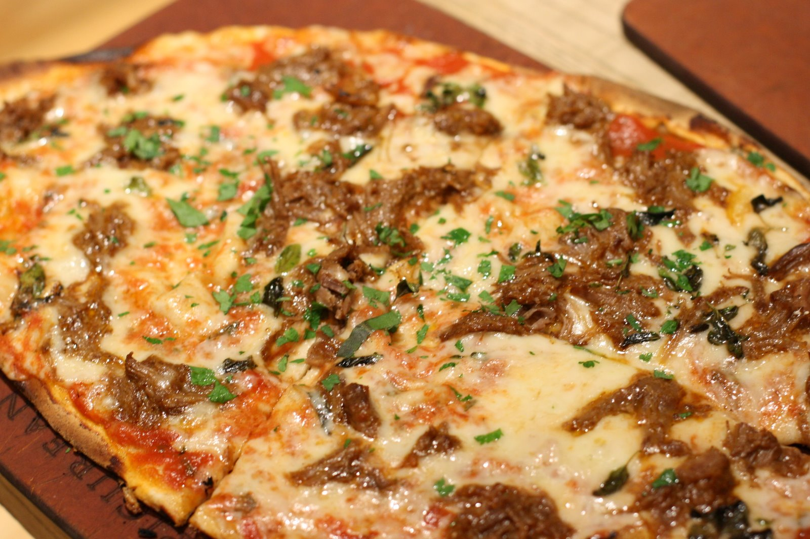 Braised-Lamb-Pizza-783153.jpg