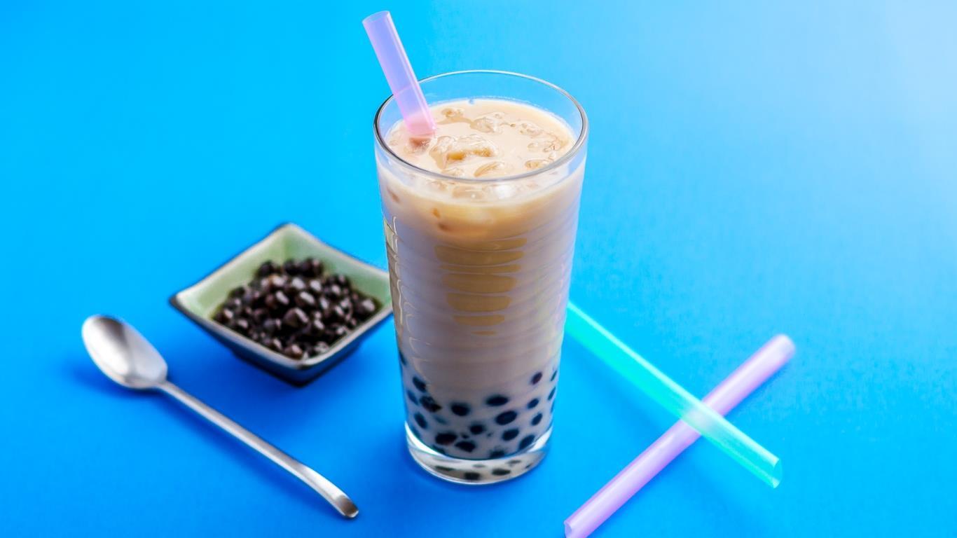 NguyenBinhVTV-142305112304-milk-tea.jpg