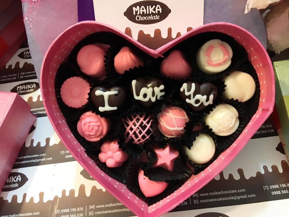 easy-chocolate-desserts-for-valentines-day-valentines-chocolate-gifts-valentine-box-candy-.jpg