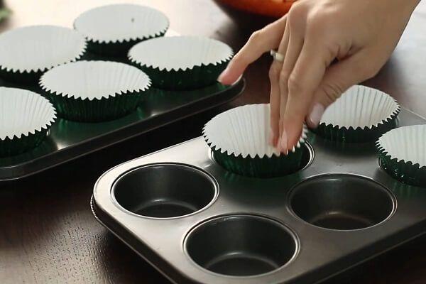 banh-cupcake-bang-noi-com-dien-2.jpg