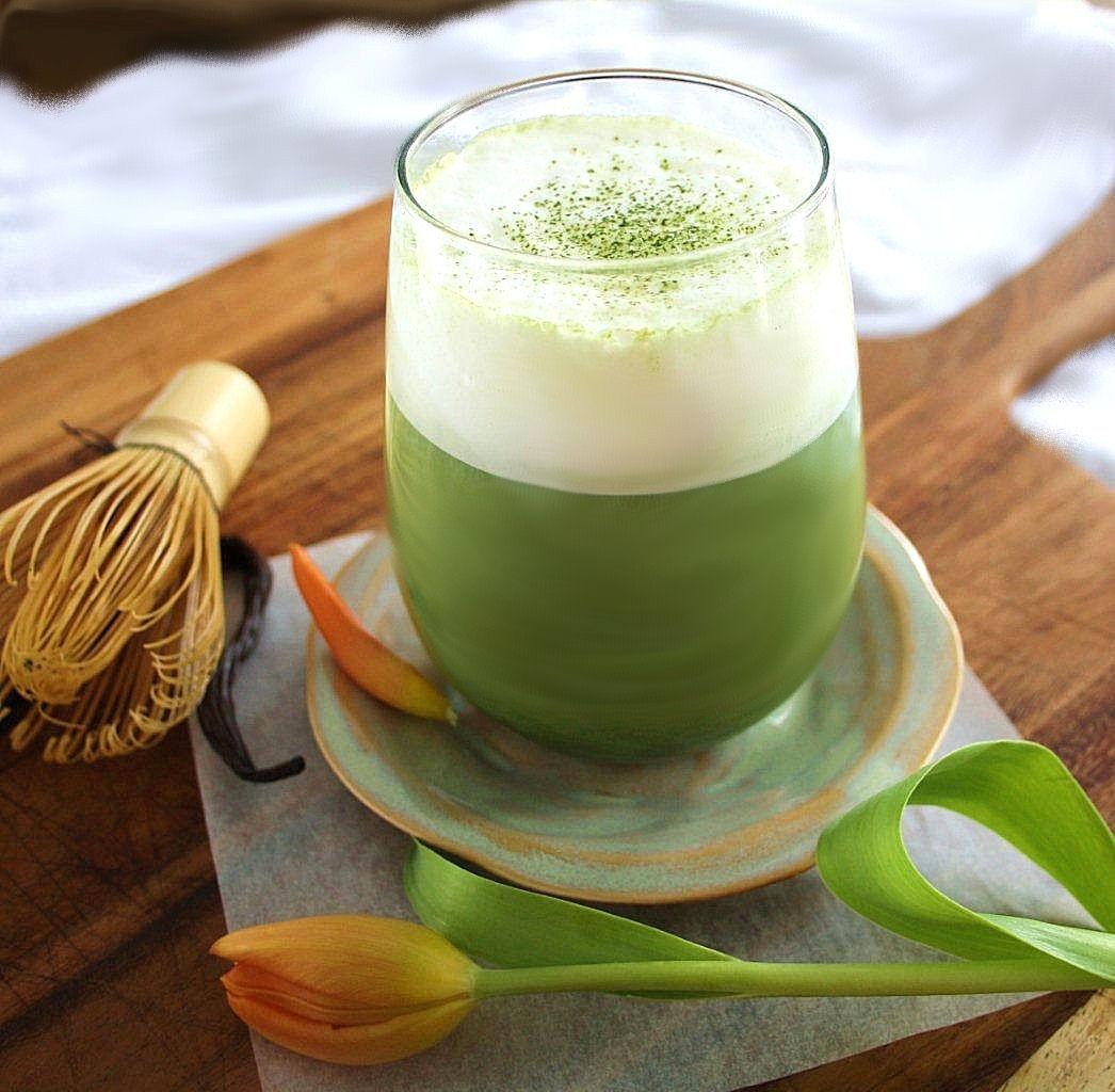 vanilla-matcha-latte.jpg